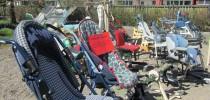 Venkovní bazárek kočárků, vozíků a dalších pomůcek